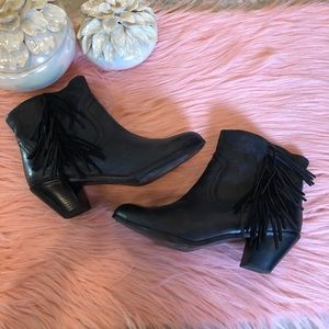 Sam Edelman Black Distressed Fringe Louie Bootie